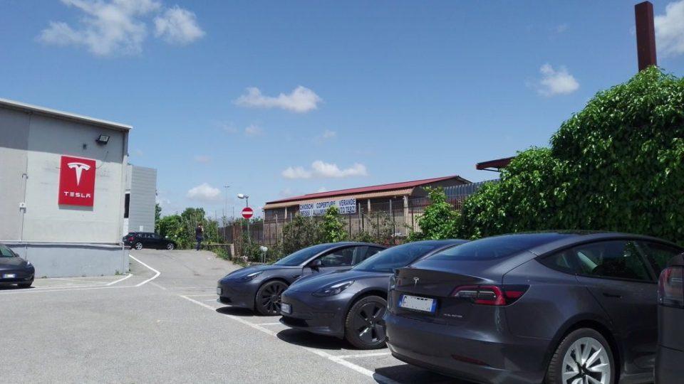 Roma-TeslaCenter-ok