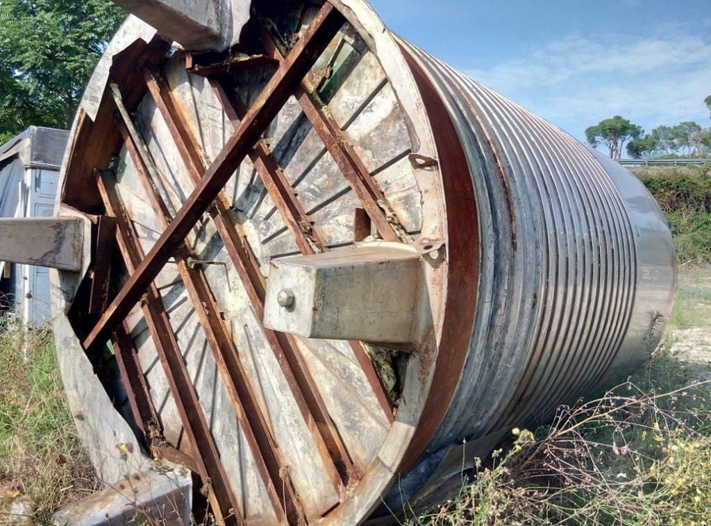 cisterna acciaio inox 25mila lt (5)