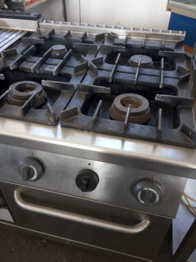cucina 4 fuochi serie 90 con forno